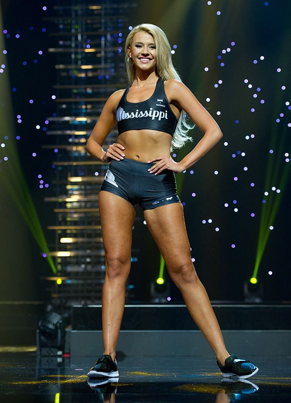 2016 Miss Teen USA Athletic Wear