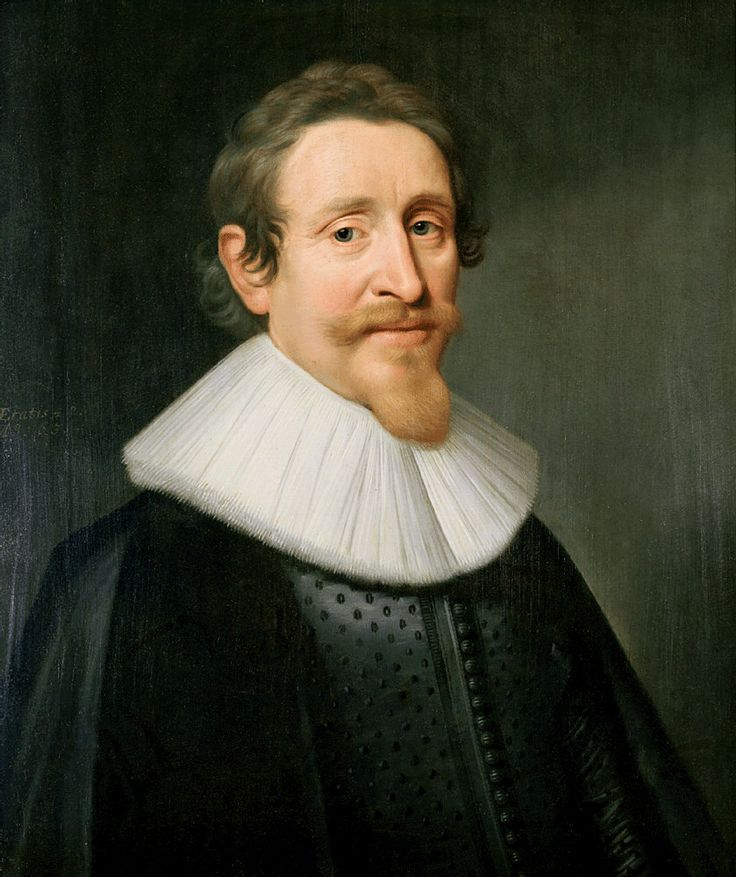 Hugo Grotius  IQ Score 200 Jurist Hugo Grotius, also known as Huig de Groot, Hugo Grocio or Hugo de Groot, was a jurist in the Dutch Republic. With Francisco de Vitoria and Alberico Gentili he laid the foundations for international law, based on natural law