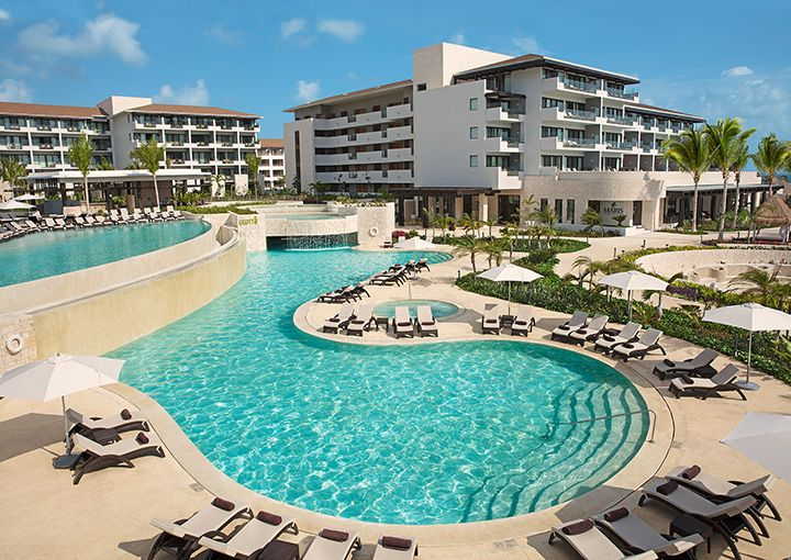 Dreams Playa Mujeres Golf and Spa Resort All Inclusive | best resort cancun mexico family travel couples golfing vacation romance romantic honeymoon Unlimited-Luxury® by the ocean oceanview oceanfront