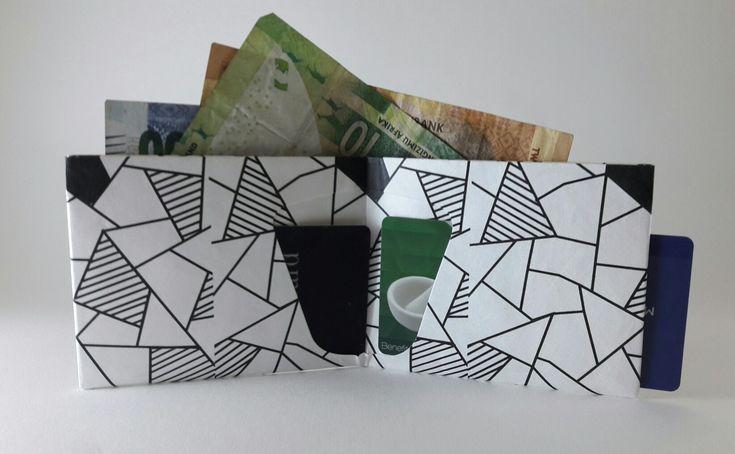 Mosaic style slim wallet