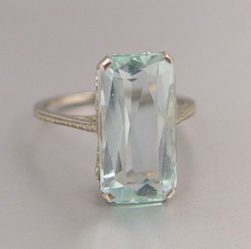 1253 18k Antique 5 5 Ct Aquamarine Ring Emerald Cut On