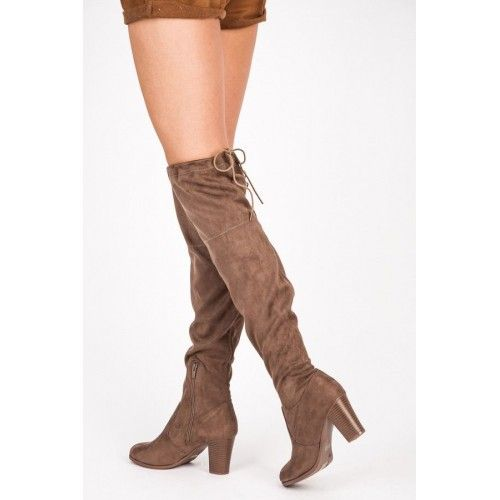 Dámské kozačky Anesia Paris Phact hnědé – hnědá Tak elegantní, jak jen boty dokáží být! Přesvědčte se snadno při pohledu na tyto semišové kozačky na sloupkovém podpatku. Kozačky mají plné a zpevněné zápatí. Boty se …