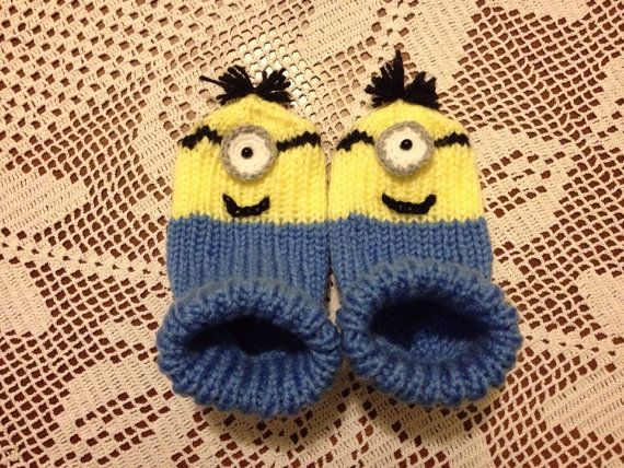 Hand knitted baby socks.Hand Knitted Minions baby socks.Hand knit Home socks ...