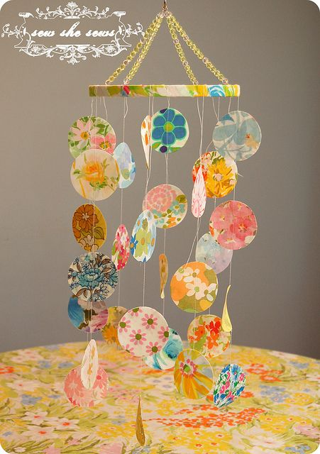 more things that make me want to decorate a baby girl nursery: Babies, Crib Mobiles, Baby Mobiles, Baby Week, Baby Girl, Sheet Crib, Fabric Mobile, Vintage Sheets, Sheet Blog