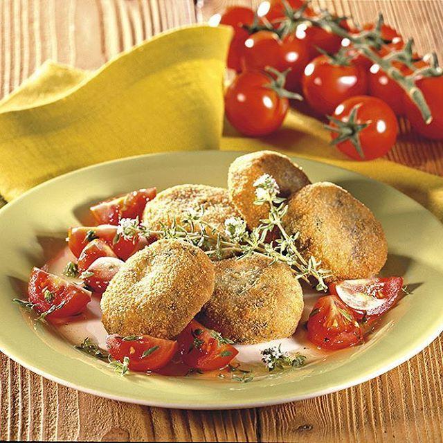 Ricetta dalle suggestioni orientali, a base di farina di ceci e spezie, che conferiscono un sapore intenso e particolare al pane