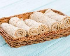 Injera, ou galette éthiopienne : http://www.cuisineaz.com/recettes/injera-ou-galette-ethiopienne-88790.aspx