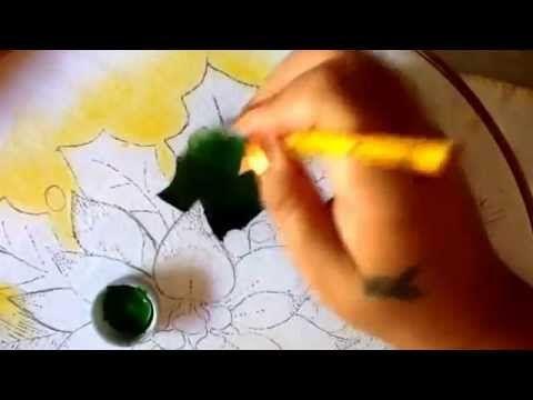 Pintura en tela hojas de nochebuena uno con cony - YouTube