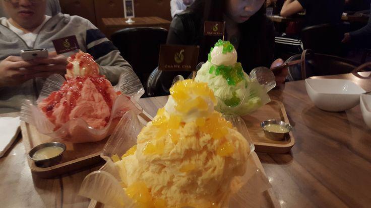 [I ate] Taiwanese shaved ice