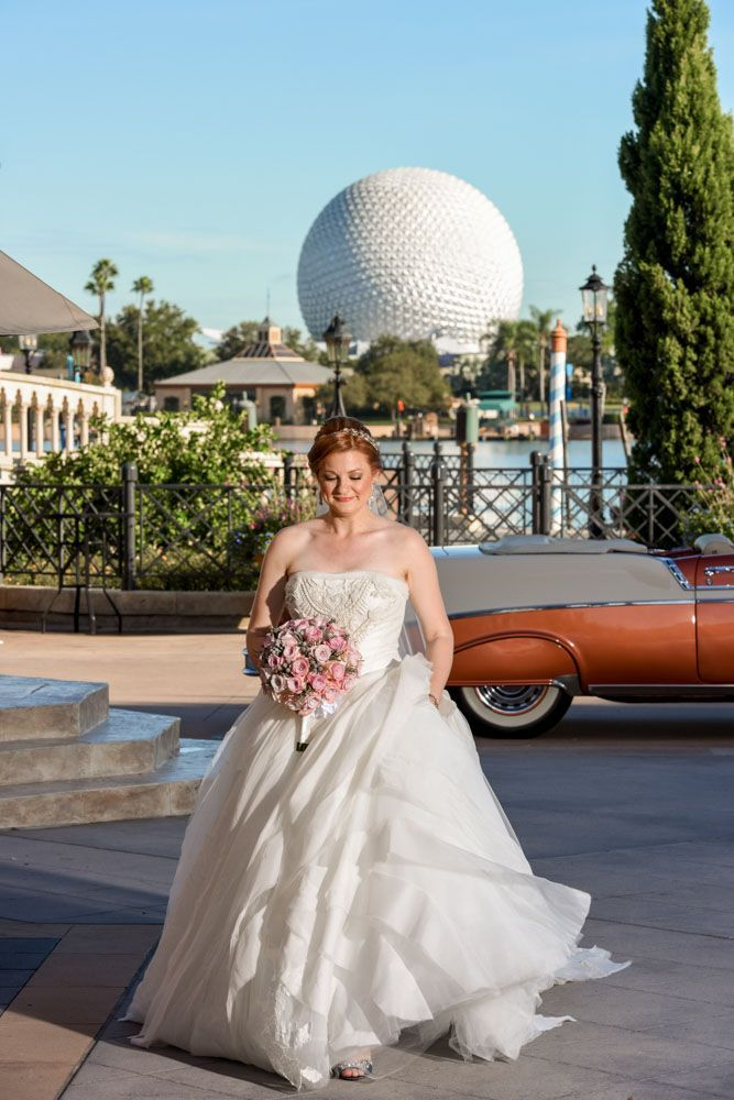 Walt Disney World Wedding Spotlight Chad And Nicole Cast Members Super Cool Story As To Why They Chose The Italy Pavi