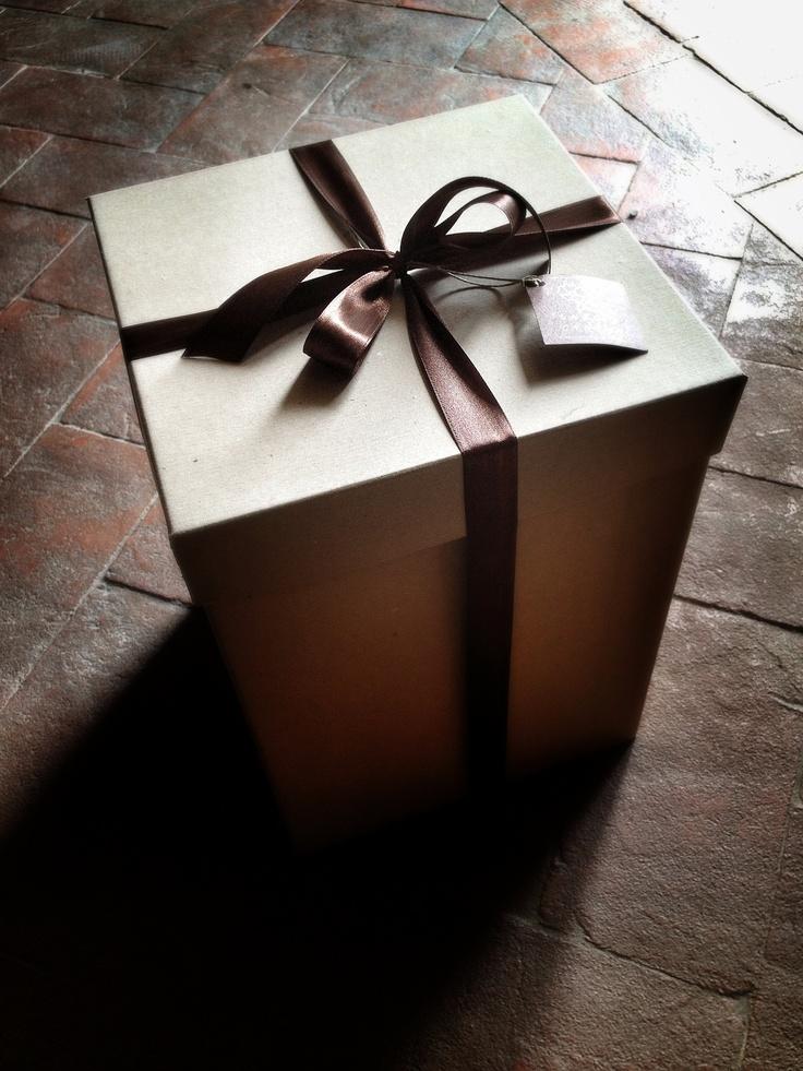 The bouquet box, La Rosa Canina FIRENZE www.larosacaninafioristi.it