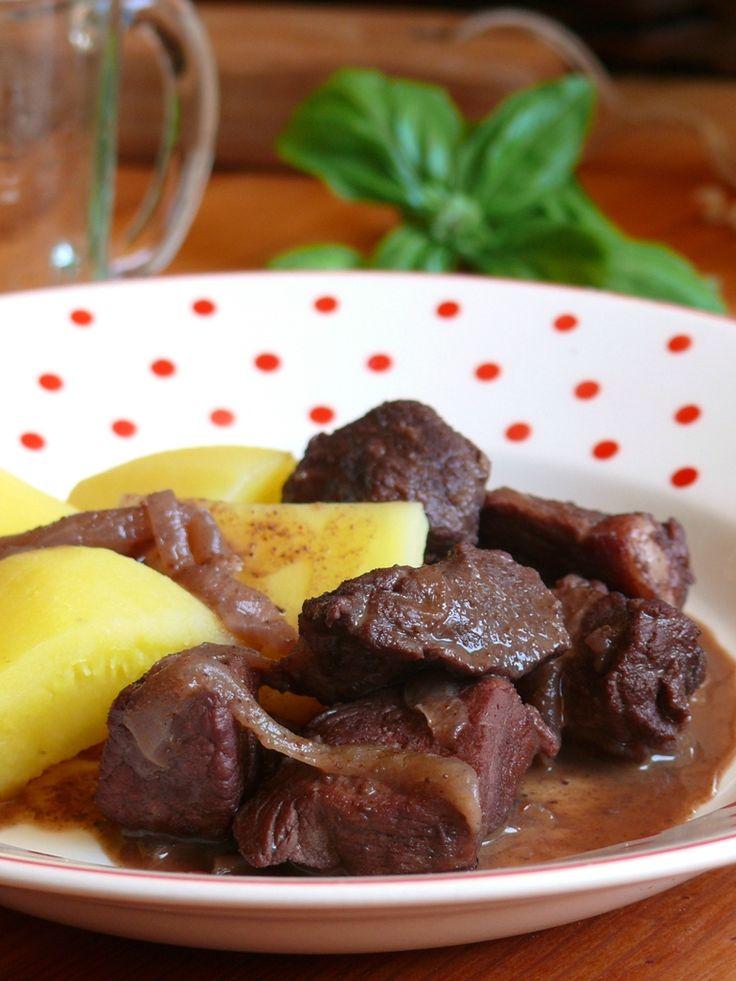Friginada : ragoût de porc au vin rouge
