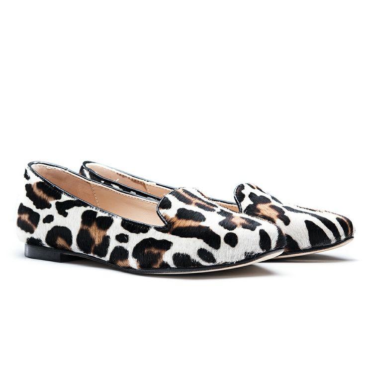 The Fashionable SANTA CLARA Milano Slippers are avaialble to shop at FINAEST.COM   #slippers #fashion #santaclaramilano #finaest #moda #ballerine #womenswear #shoes