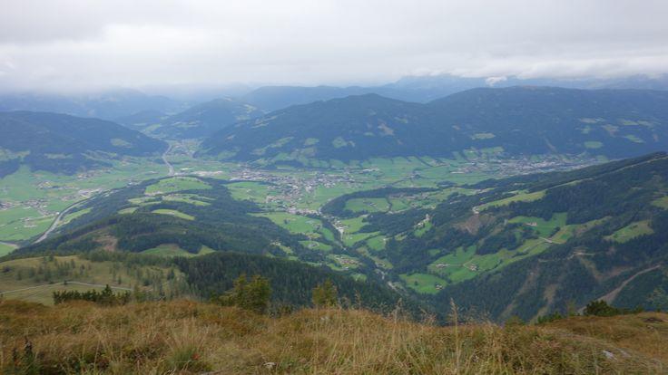 Blich vom Lackenkogel (2051 m) auf Altenmarkt
