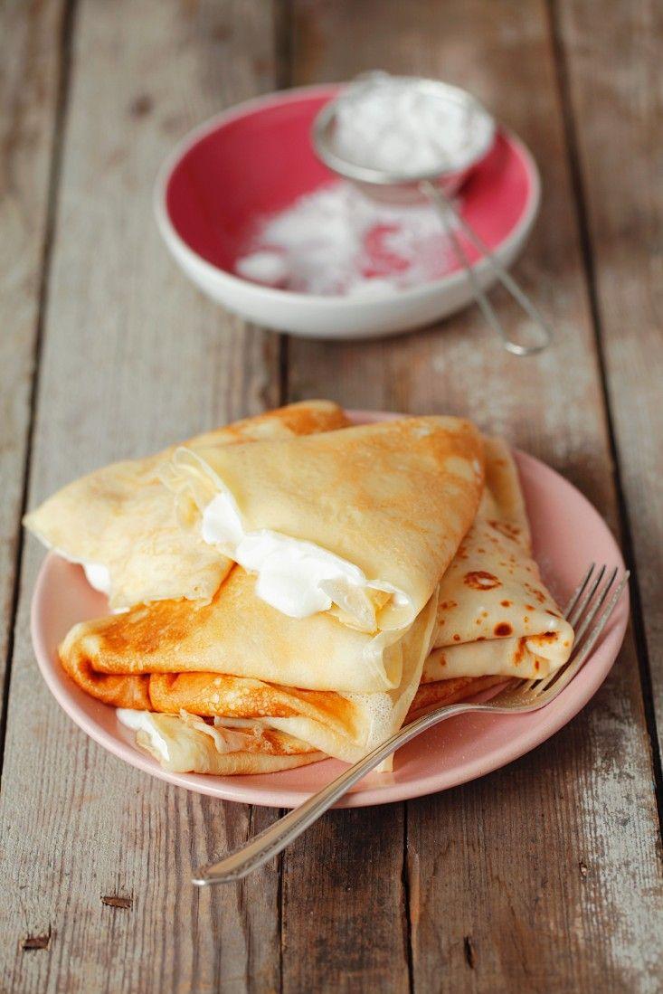 Pfannkuchen mit Vanillecreme | Zeit: 15 Min. | http://eatsmarter.de/rezepte/pfannkuchen-mit-vanillecreme-0