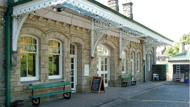 Fantastic cake, wonderful setting for tea and hot buttered tea cakes the former Victorian Railway Station Barter Books, Alnwick, Northumberland expands the mind and tummy.