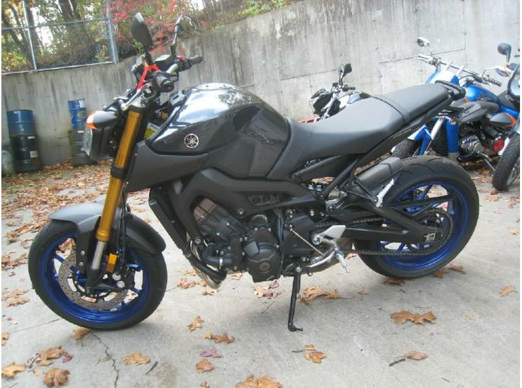 Used #Yamaha 2014 FZ-09 Sportbike Motorcycles available for sale by Moroneys Cycle for $ 7399 in New Windsor, NY, USA at http://goo.gl/lYjZFe