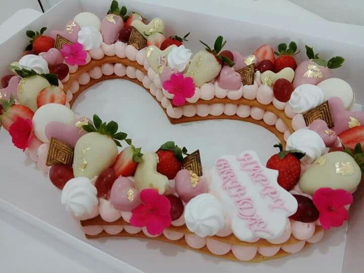 Heli Dugan cakes