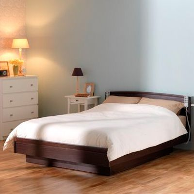Single Luxury Adjustable Bed Do you have trouble getting into and out of bed? If you suffer from mobility issues it can be a difficult and even painful experience getting in and out of bed unaided. The Euro Design adjustable bed could be the solution for you!