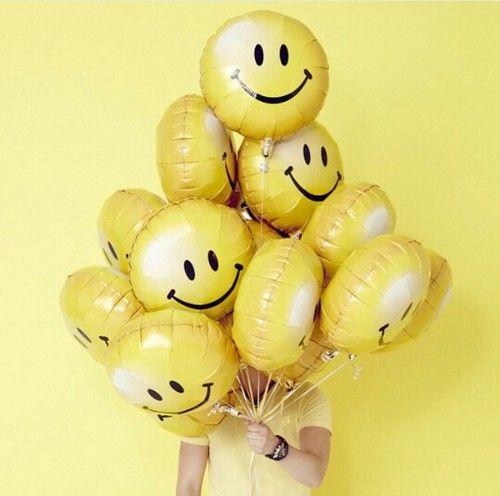 Imagem de yellow, aesthetic, and balloons