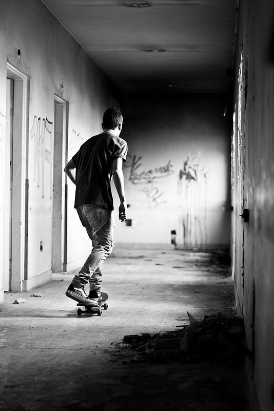 skater | street skater | urban | graffiti | tags | moving | www.republicofyou.com.au