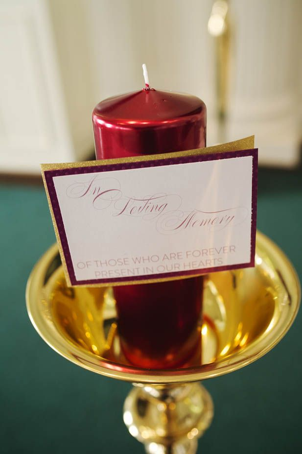 "Wedding remembrance ideas:An ""In Loving Memory"" candle (Justin Wright Photography)"