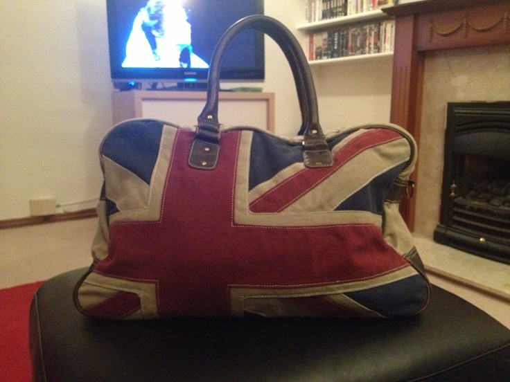 My amazing new bag from River Island.