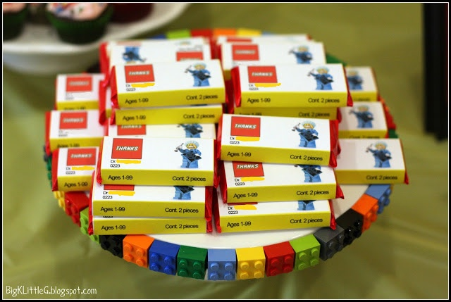 DIY Lego kit kat favor printable