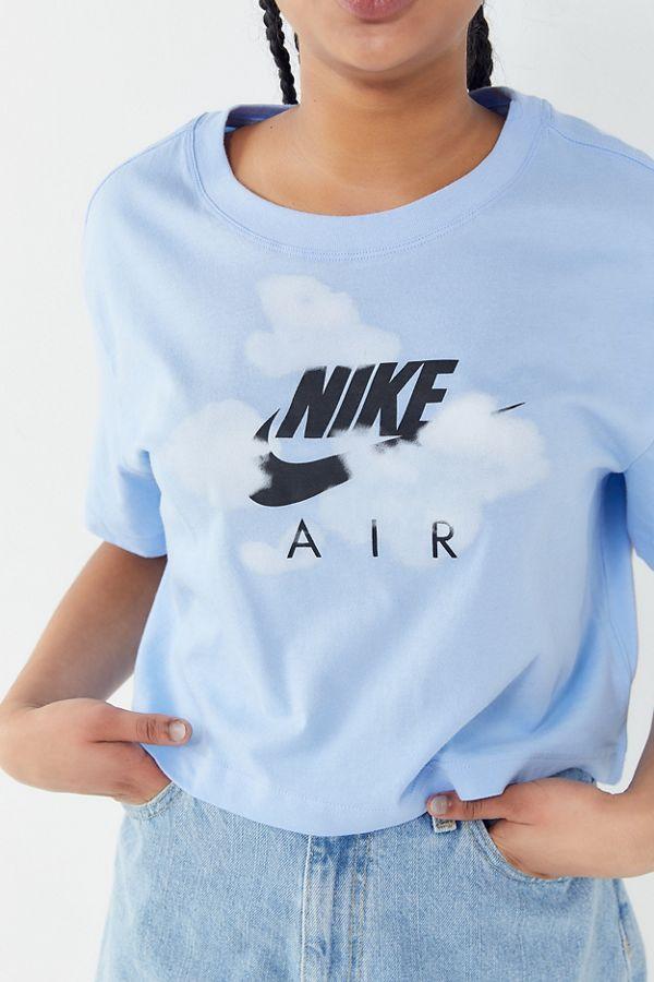 8c29a301e6d8 Nike Air Cloud Cropped Tee in 2019 | Fashion | Crop tee, School ...