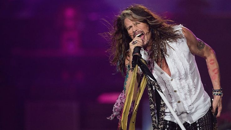 """Steven Tyler Offers Health Update After Aerosmith Tour Cancellation   """"I give you all an A+ for creative speculations but I certainly did not have a heart attack or a seizure,"""" singer writes"""