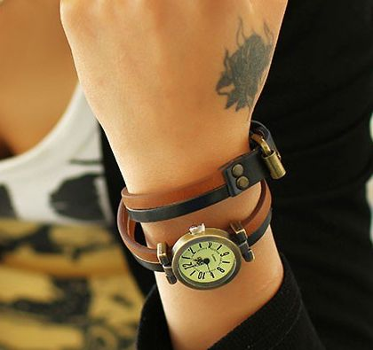 Simple Double-layer Leather Quartz women wristwatches (Brown )