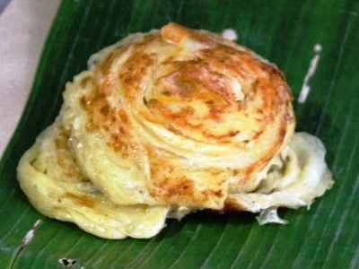 Roti Cane - Berikut ini ada cara membuat video resep roti cane kuah kari kambing manis maryam susu ncc dan kari ayam keju jtt asli aceh paling praktis dan sederhana.