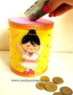 Alcancias reciclando latas y decoradas con goma eva (fomi)
