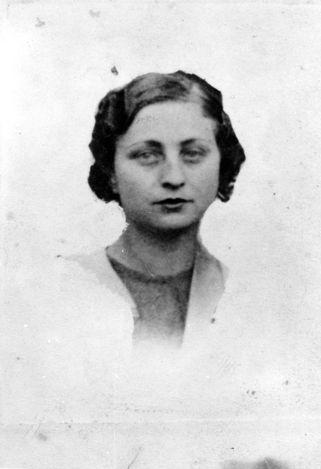 Saloniki, Greece, Lili Baruch, perished in Auschwitz.