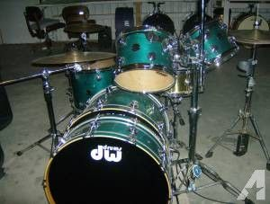 DW Drum Workshop Collector's Series Drums ~ Teal Lacquer Matched Set - $3212 (WEST ODESSA/WILD BILL'S)