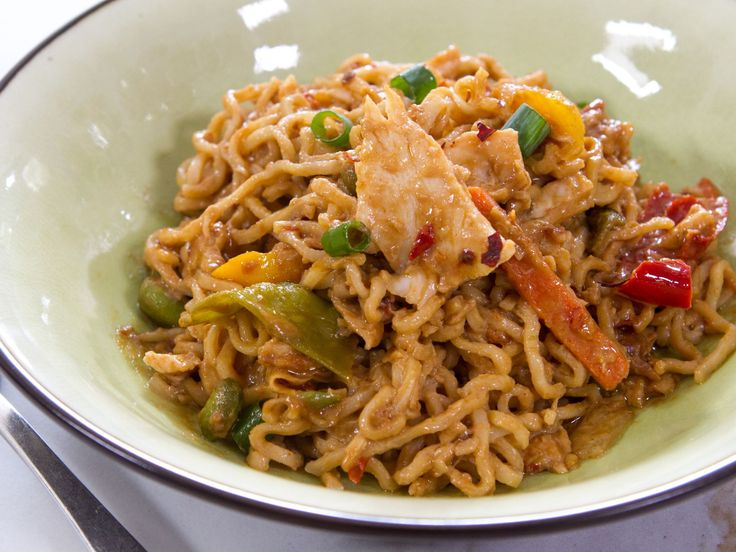 This looked so good and EASY and the boys loved it!!! Peanut Butter Ramen recipe from Trisha Yearwood via Food Network