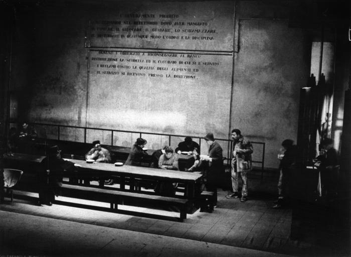 El nost Milan - 1955-56 Archivio multimediale del Piccolo Teatro di Milano - fotografie bozzetti manifesti