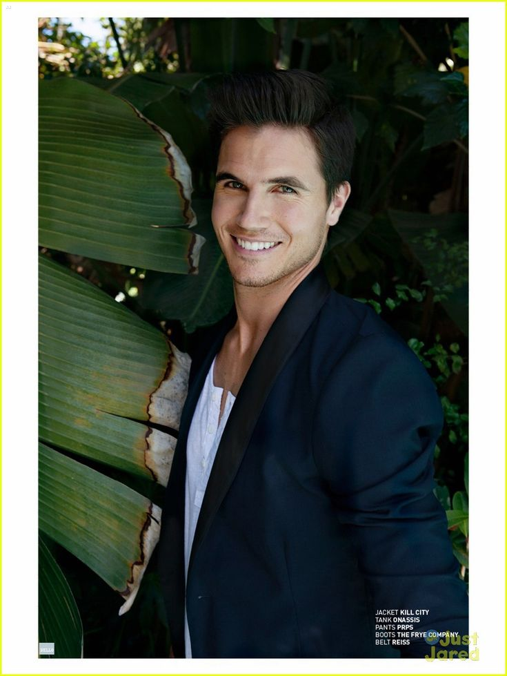 Robbie Amell: 'Bello' Mag Feature | robbie amell bello august feature 06 - Photo Gallery | Just Jared Jr.