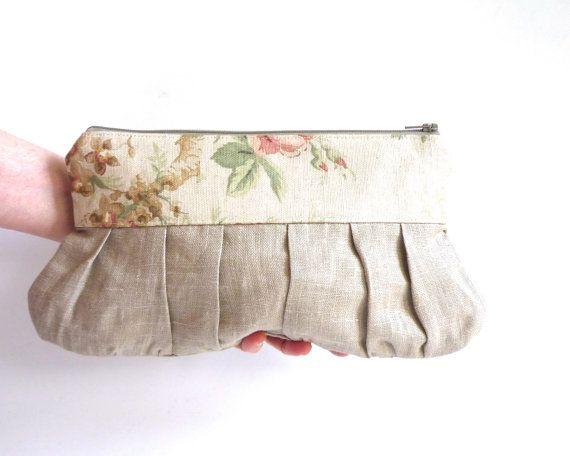 Rustic wedding clutch linen beige bridesmaid gift by maplemist #rusticwedding #farmwedding #countrywedding #bridesmaidgifts #vintagewedding #handmadewedding #gardenwedding