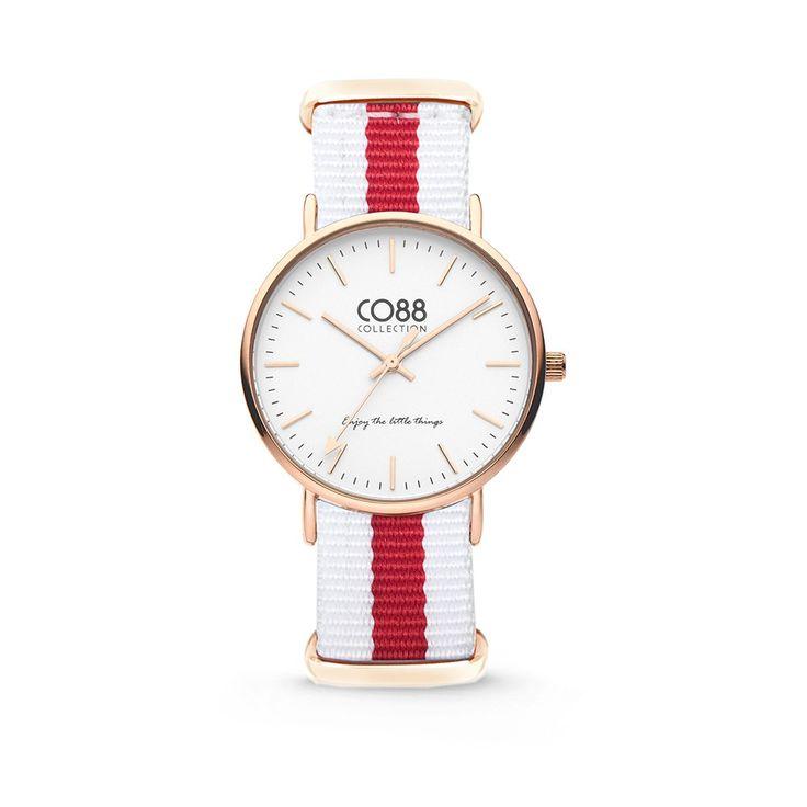 CO88 Horloge staal/nylon rosé/wit/rood 36 mm 8CW-10028. CO88 staat bekend om haar prachtige sieraden lijn dat geïnspireerd is uit de natuur. Sinds kort heeft CO88 haar collectie verbreedt en de uitkomst is deze verbluffende horlogecollectie. Het horloge is in verschillende varianten te verkrijgen, ruime keuze! Het horloge is gemaakt van top kwaliteit materiaal.