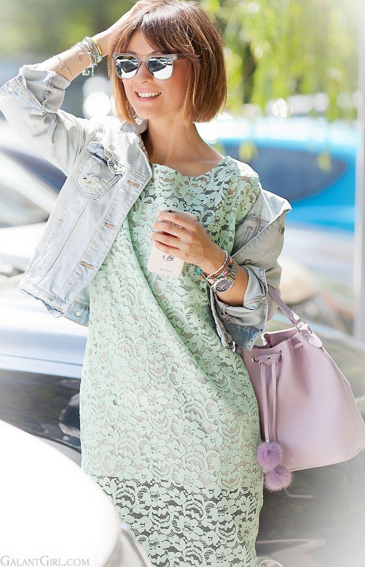 mint-lace-dress-outfit-komono-silver-mirrored-sunglasses-j-crew-statement-earrings-komono-silver-sunglasses-and-lace-dress-outfit-on-galant-girl-fashion-street-style-blogger-runet