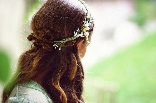 Simple natural flower crown