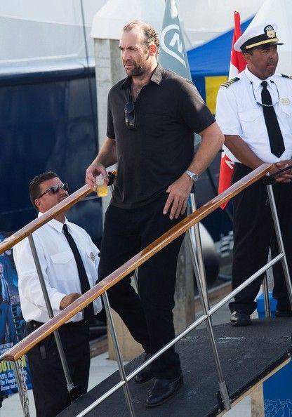 Rory McCann Photos Photos - Rory McCann arrives at Comic Con. - Rory McCann at Comic-Con