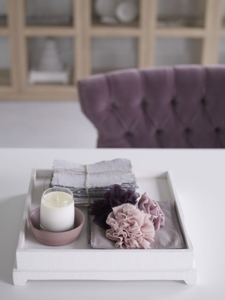 Piet Boon Styling by Karin Meyn | Different pink tones on a white plateau