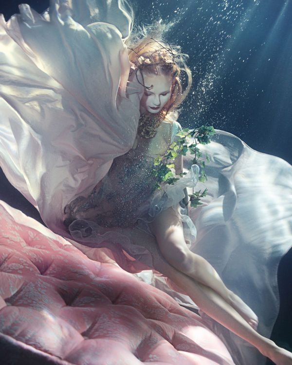 Underwater Slumber Editorials - Lydia Beesley is a Mermaid for How to Spend It May 2014 (GALLERY)