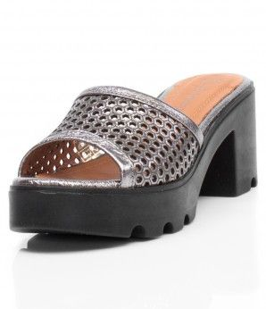 Удобные шлепанцы-сабо с перфорацией. #MarioMuzi #shoes #style #fashion #comfortable #women #for_girls #lady #pretty #beautiful #casual #2016 #spring #summer #onlineshop #shopping #sale #Kharkiv #Kharkov #Ukraine #Lviv #Dnepropetrovsk #Odessa #МариоМузи #обувь #женская_мода #женская_обувь #женские_туфли #босоножки #интернет_магазин #шоппинг #весна #лето #Харьков #Львов #Днепропетровск #Одесса