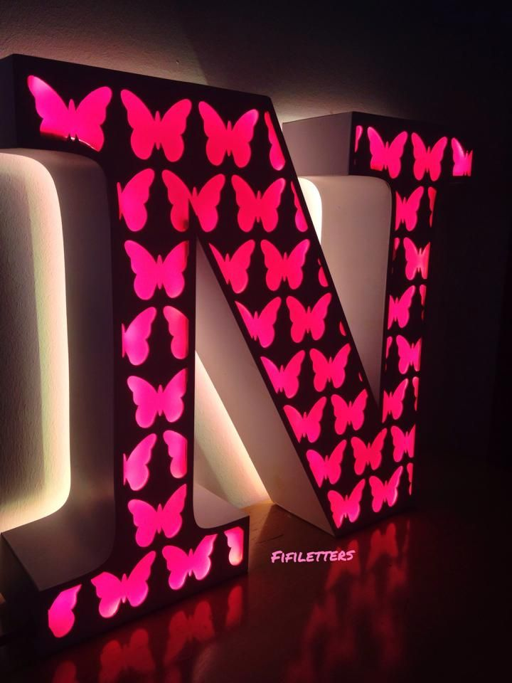 #fifiletters #harf #letters #aydinlatma #kelebek #dekorasyon #ev #pembe #decoration #hediye