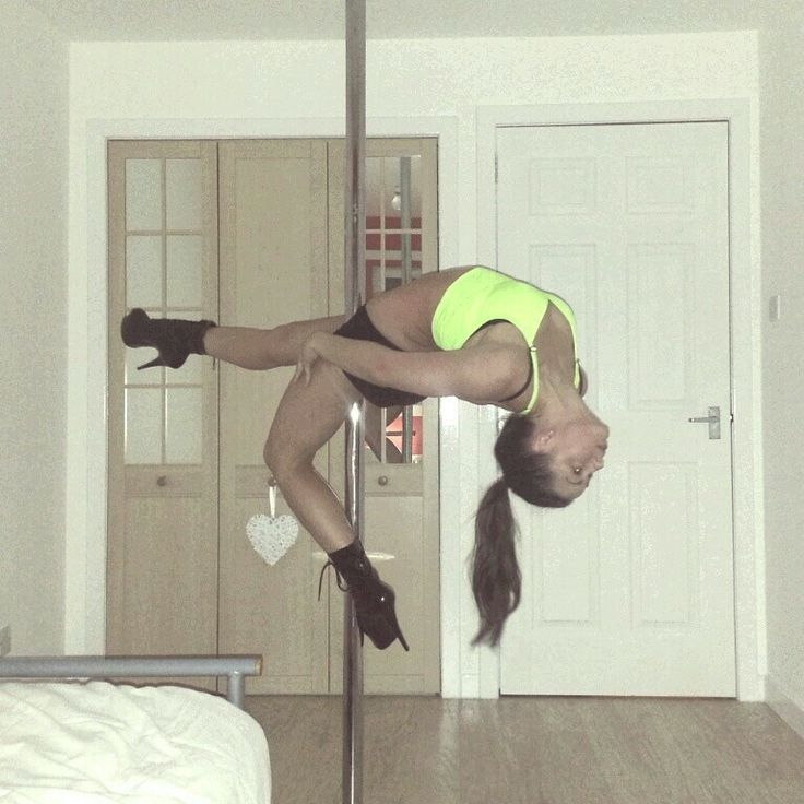 Nicola Hanley #layback #polemove #poledancer #poledancing #polefitness #polelove #backarch