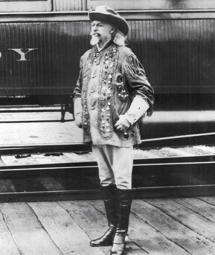 what are buffalo bill gratest major accomplishments Accomplishments whether it be a  the legendary markswoman annie oakley was masterful with  her sharp shooting in buffalo bill's wild west show won her many.