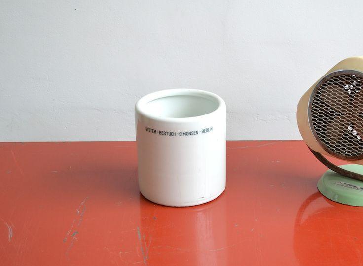 Medical bowl (artKRAFT Original Industrial Furniture)