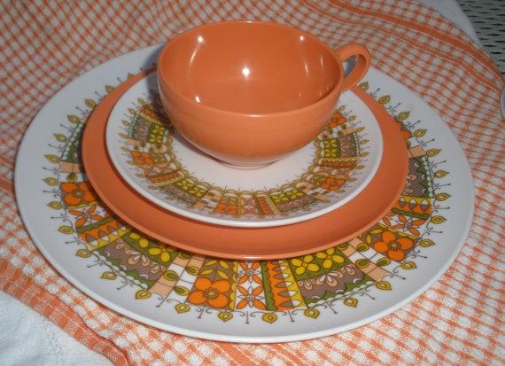 Vintage Oneida Melamine Dinnerware set by BlueHydrangeaVintage, $57.00